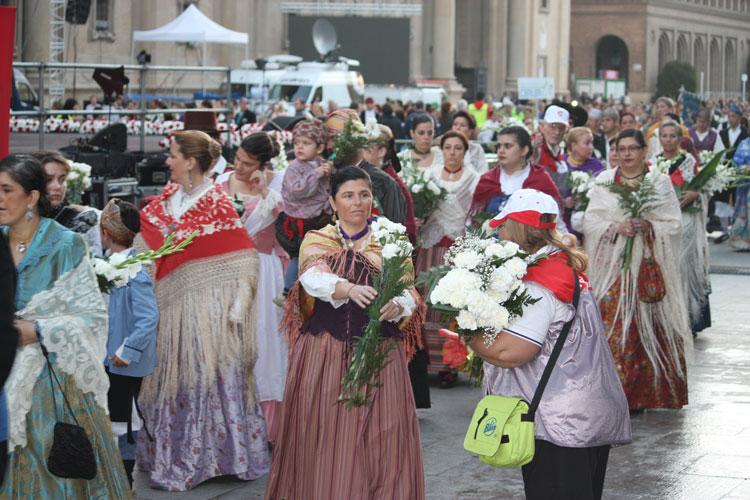 Cofradia Columna – Ofrenda Flores 2011 (4)