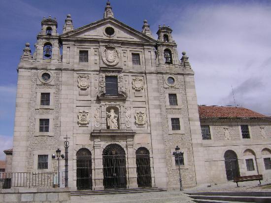iglesia santa teresa: