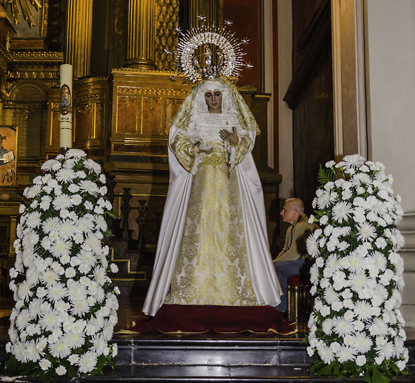 Eucaristía De Mayo En Honor A Nuestra Señora De La Fraternidad En El Mayor Dolor