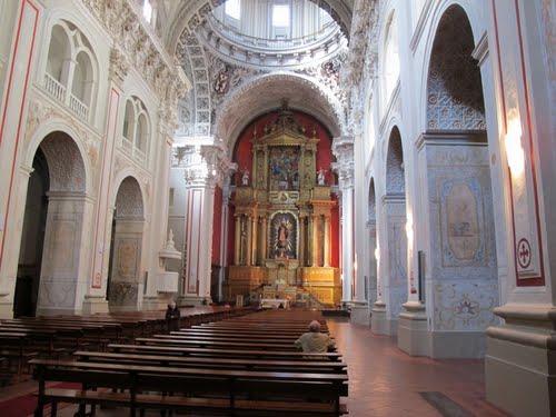 Horarios De Los Oficios En Santiago. Semana Santa 2015.