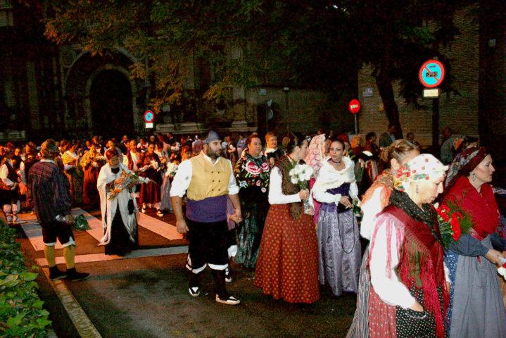 Asi Participamos En La Ofrenda De Flores A Nuestra Virgen Del Pilar 2015