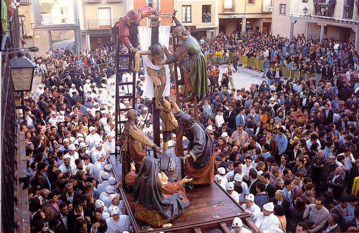 Presentación En Zaragoza De La Semana Santa De Medina De Rioseco